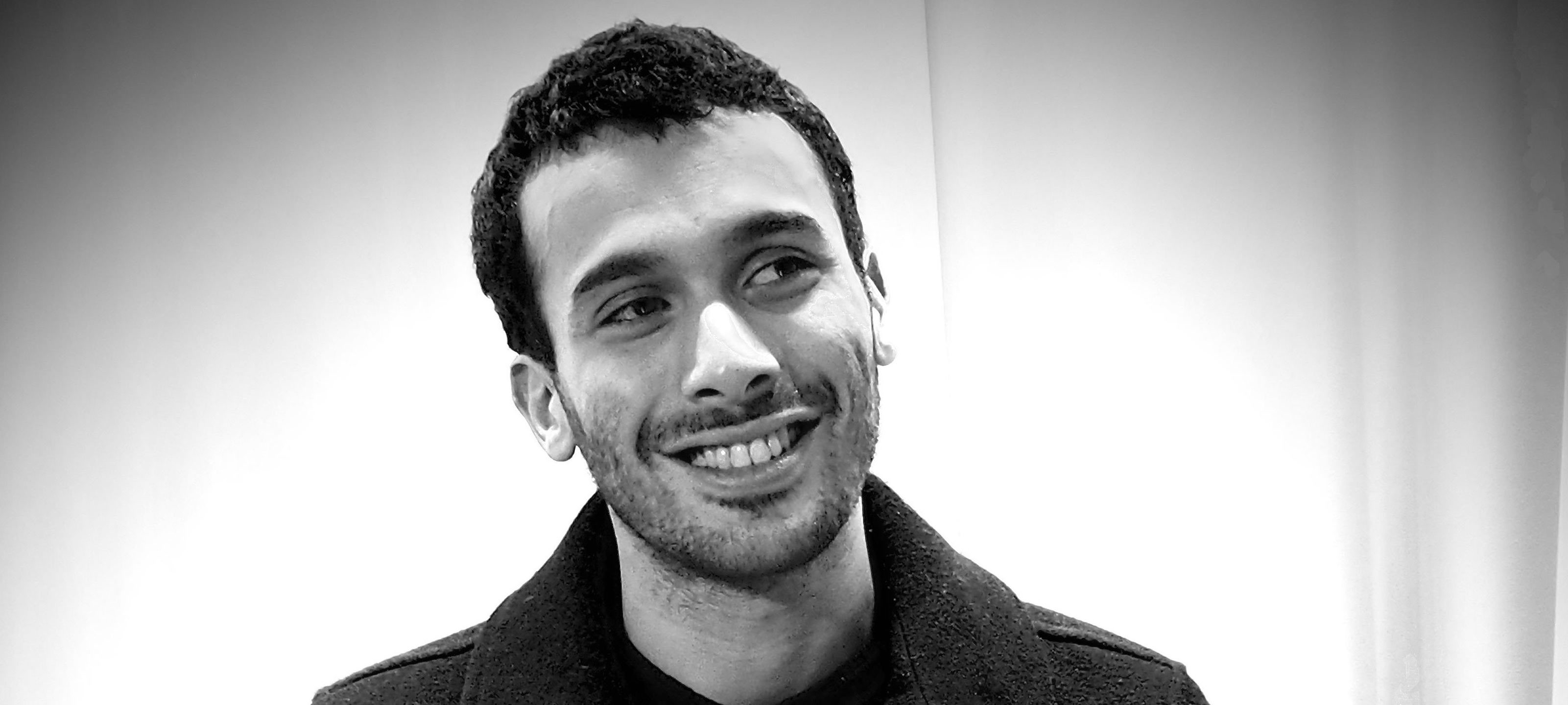 "Mustapha El Atrassi : un stand-up ""communautaire"""