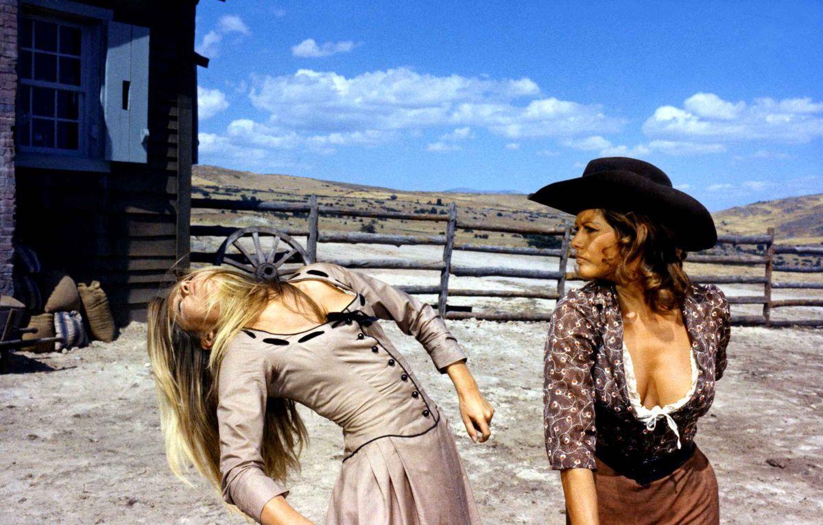 Les Pétroleuses, western parodique