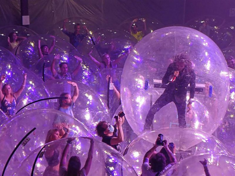 the-flaming-lips-bubble-concert